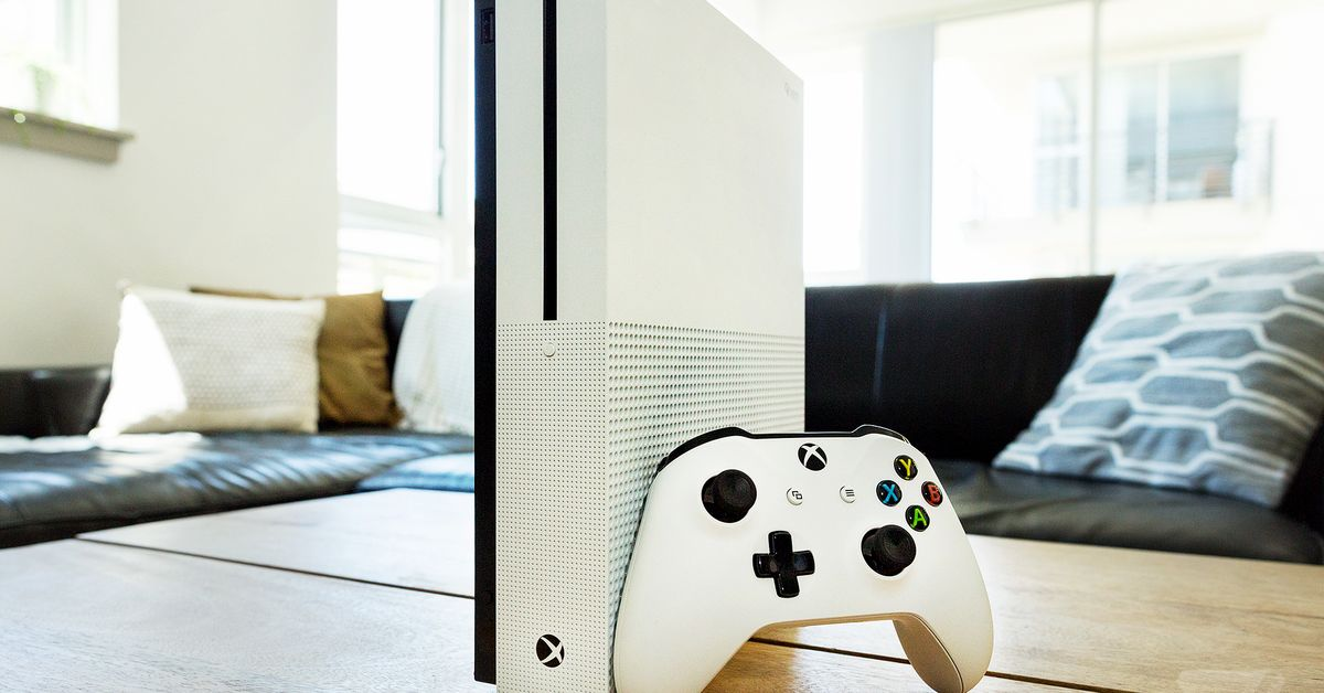 Microsoft reportedly launching disc-less Xbox One S next month