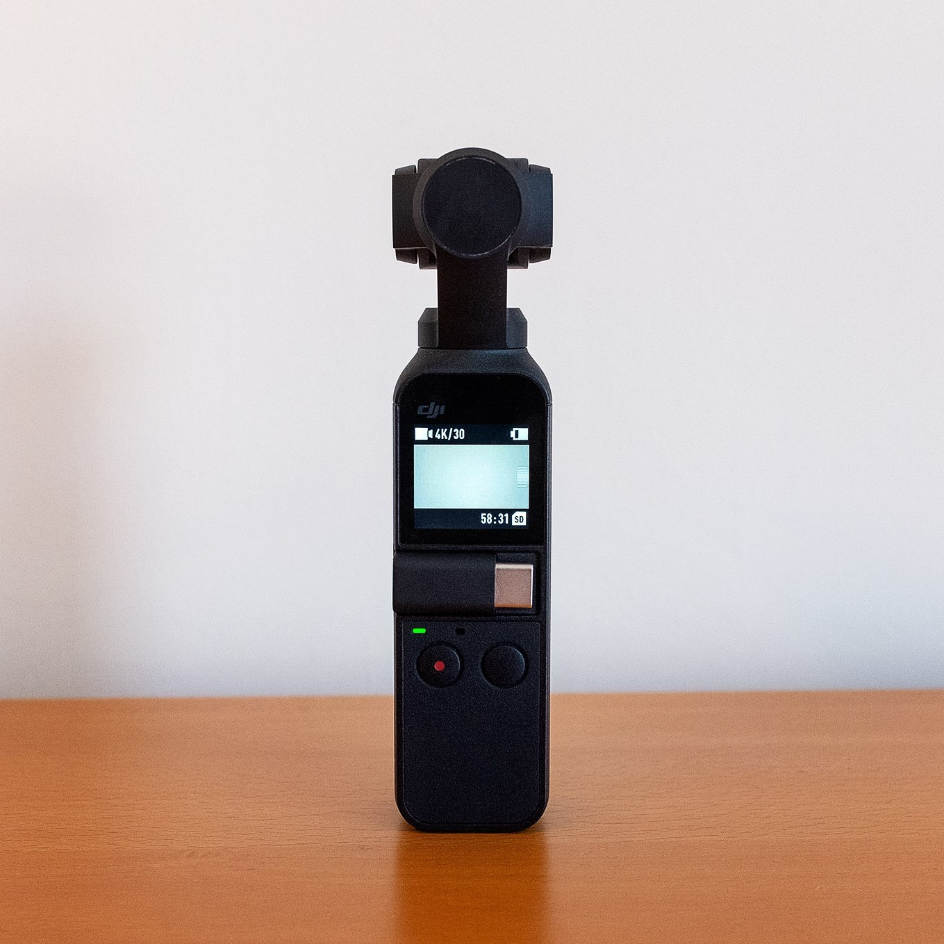 https://igetintopc.org/wp-content/uploads/2019/04/dji-osmo-pocket-review-a-tiny-camera-that-doesnt-skimp-on-the-stabilization.com