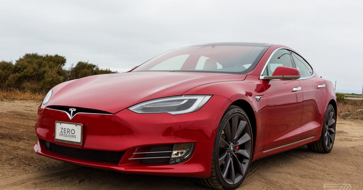 Your Tesla can now change lanes without asking permission