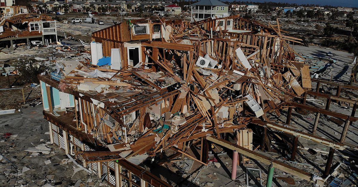 5G could mean less time to flee a deadly hurricane, heads of NASA and NOAA warn
