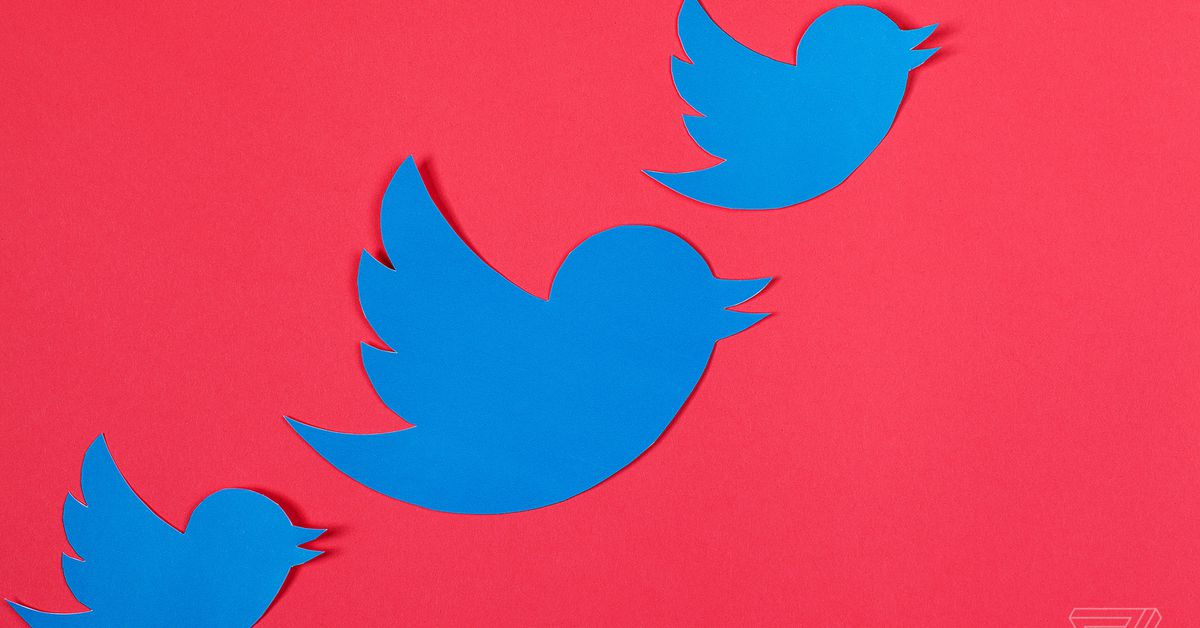 Twitter is giving TweetDeck some much-needed love with GIF, poll, and emoji support