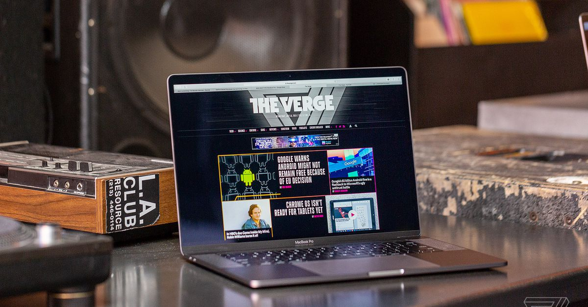 Zoom fixes major Mac webcam security flaw with emergency patch