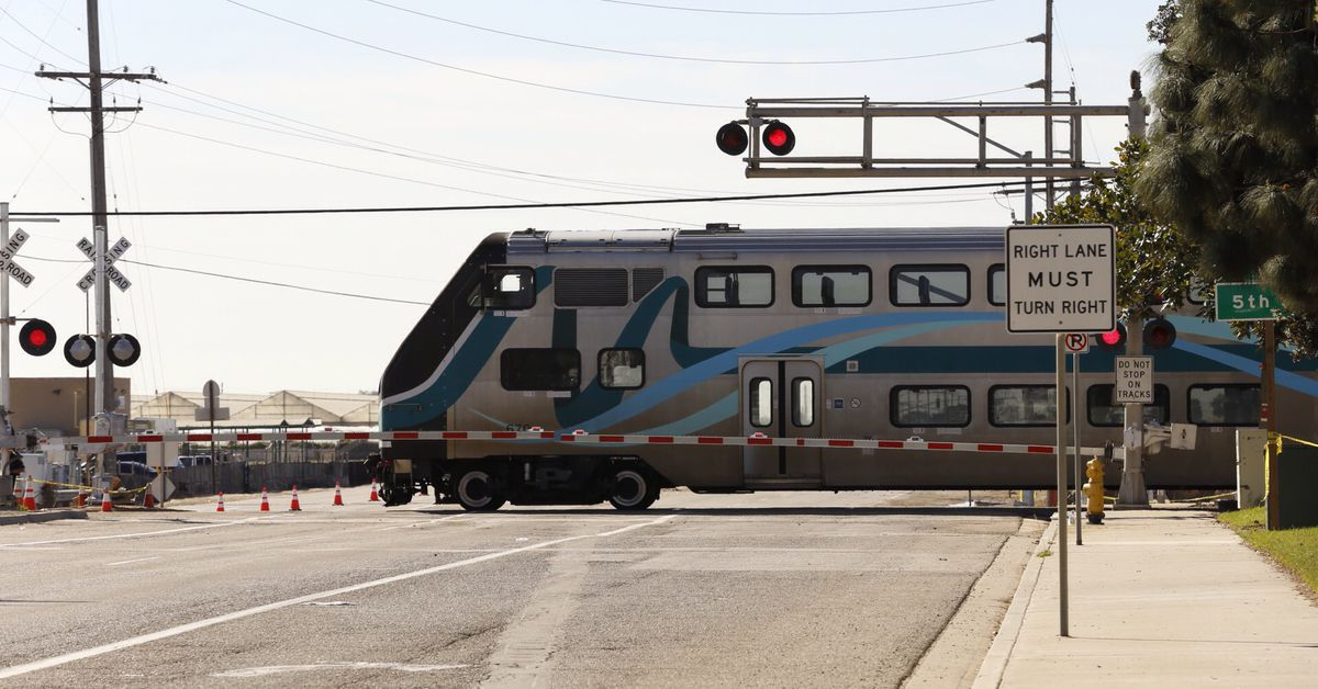 Google, Apple, Microsoft reportedly ignoring safety pleas to add rail crossings to maps
