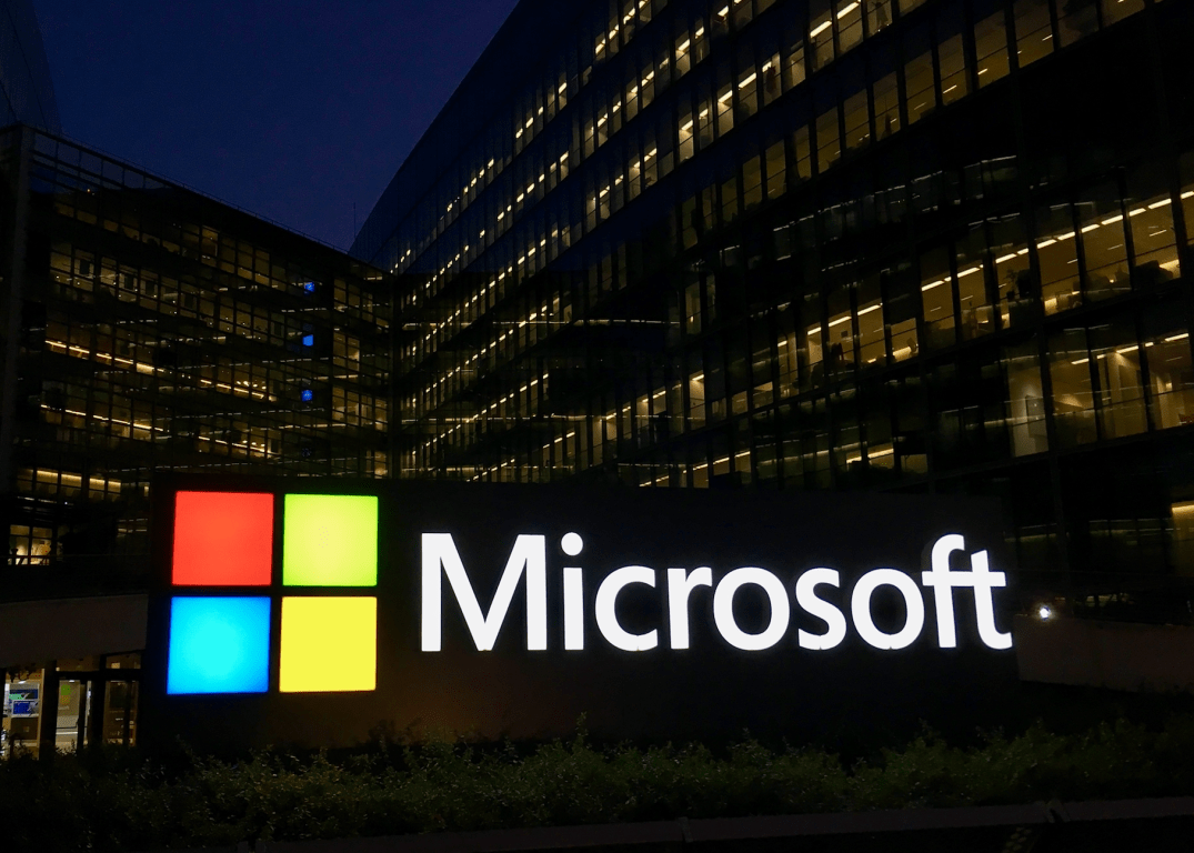 Microsoft news recap: privacy issues extend to Xbox, LinkedIn blocked 21.6 million fake accounts, and more