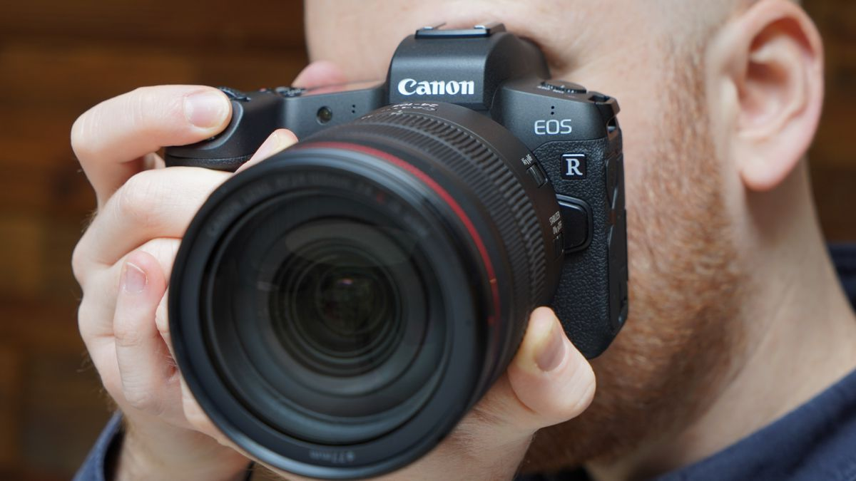 Canon EOS R and RP get improved autofocus with new firmware update