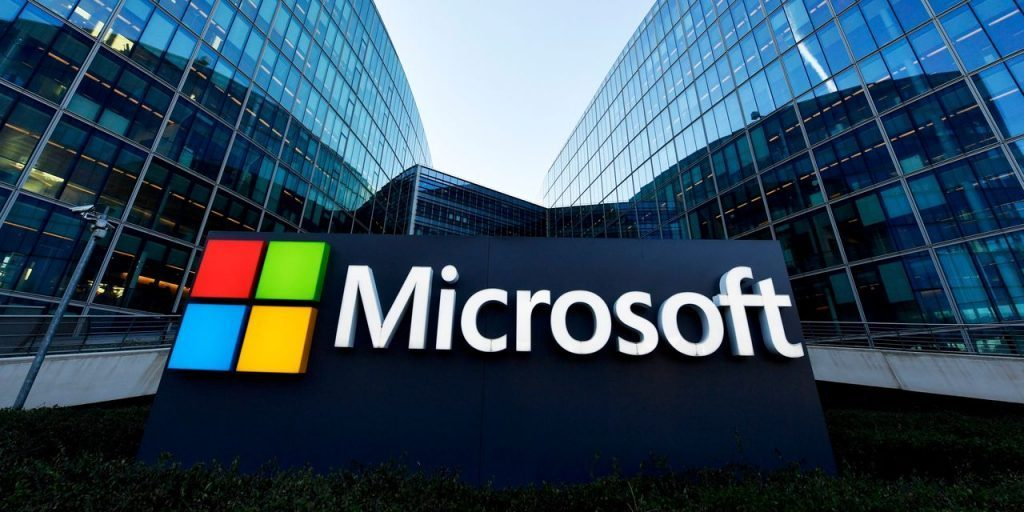 Microsoft announces a further increase in dividends amid the shaking of a board member