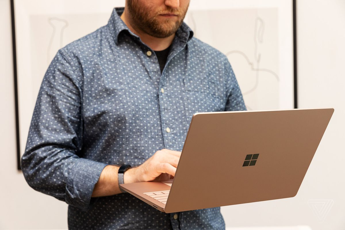 1572306142 193 microsoft surface laptop 3 13 5 inch review have a normal one