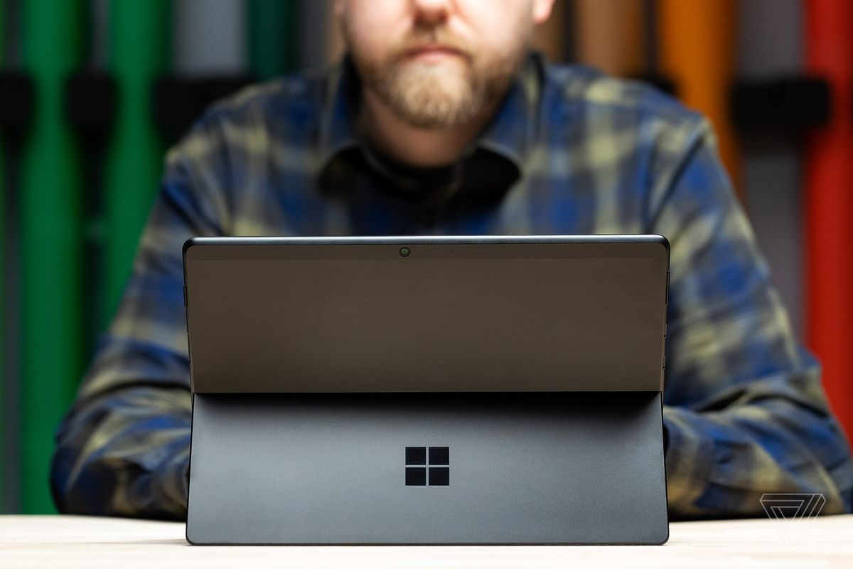 How to choose between the Surface Pro X and Surface Pro 7